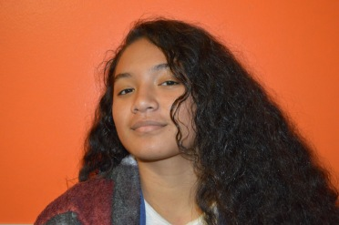 Daneyah Apenisni headshot